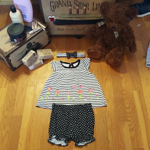 DDG Darlings Other - NWT Girl's 3 Piece Headband, Dress & Shorts Outfit